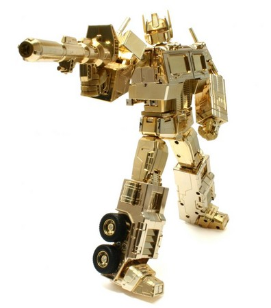 Gold Optimus Prime toy appears in Transformers 2 game