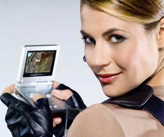 Lara Croft Plays Tomb Raider Legend On Gba Ds Video Games Blogger