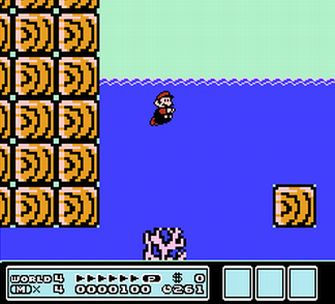 Mario Swims - Super Mario Bros. 3 Screenshot
