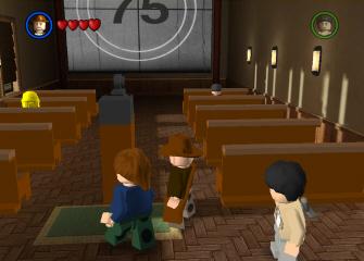 The theater room of Barnette College in Lego Indiana Jones (screenshot)