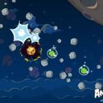 Angry Birds Space Bomb Bird Screenshot