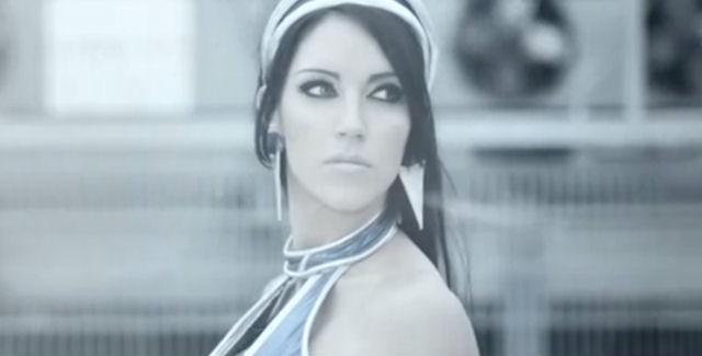 Kitana Live-Action Model Mortal Kombat Vita Promo