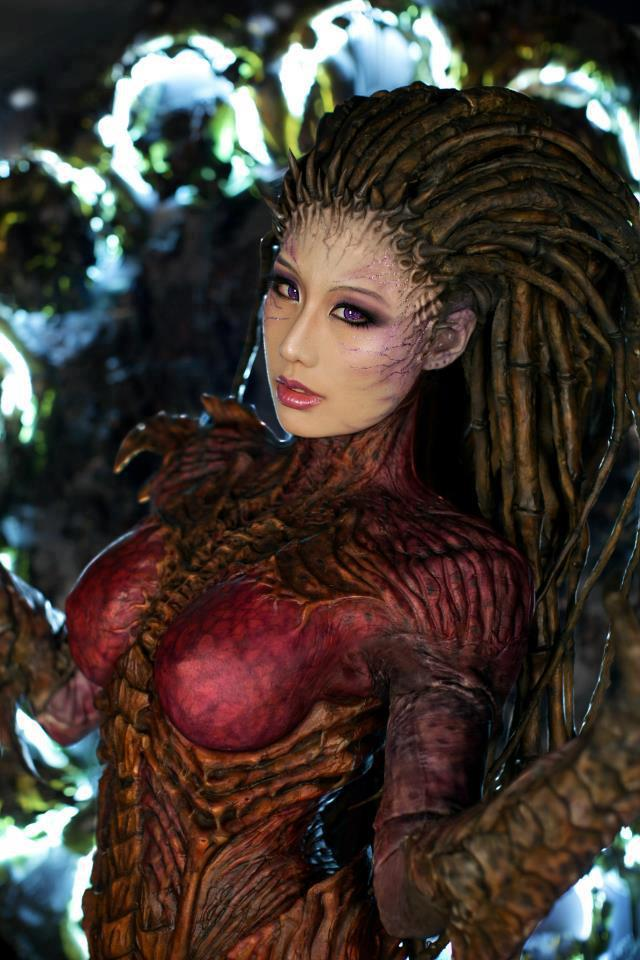 Queen of Blades StarCraft 2 Cosplay