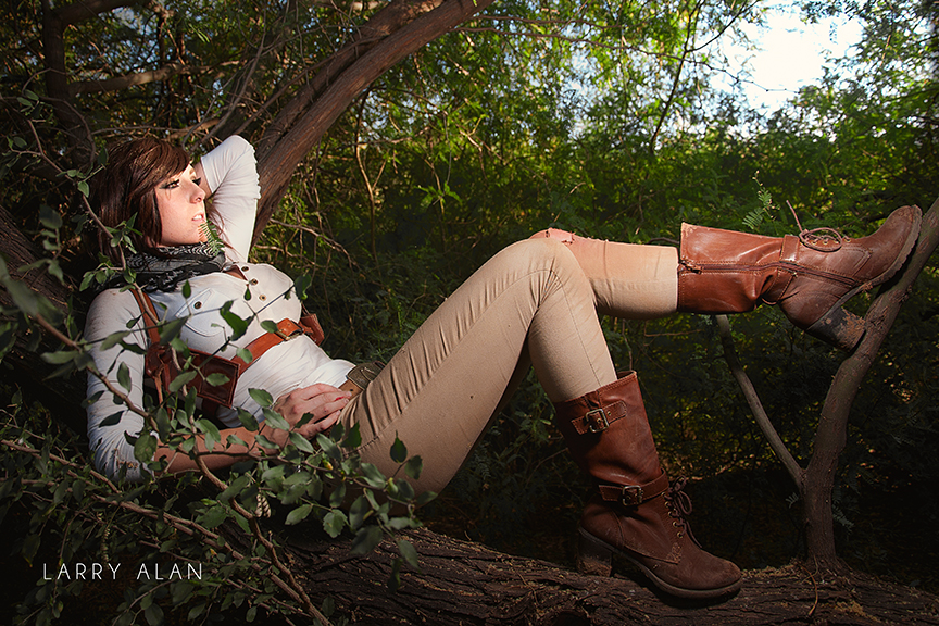 Uncharted 4 Cosplay Photo 12