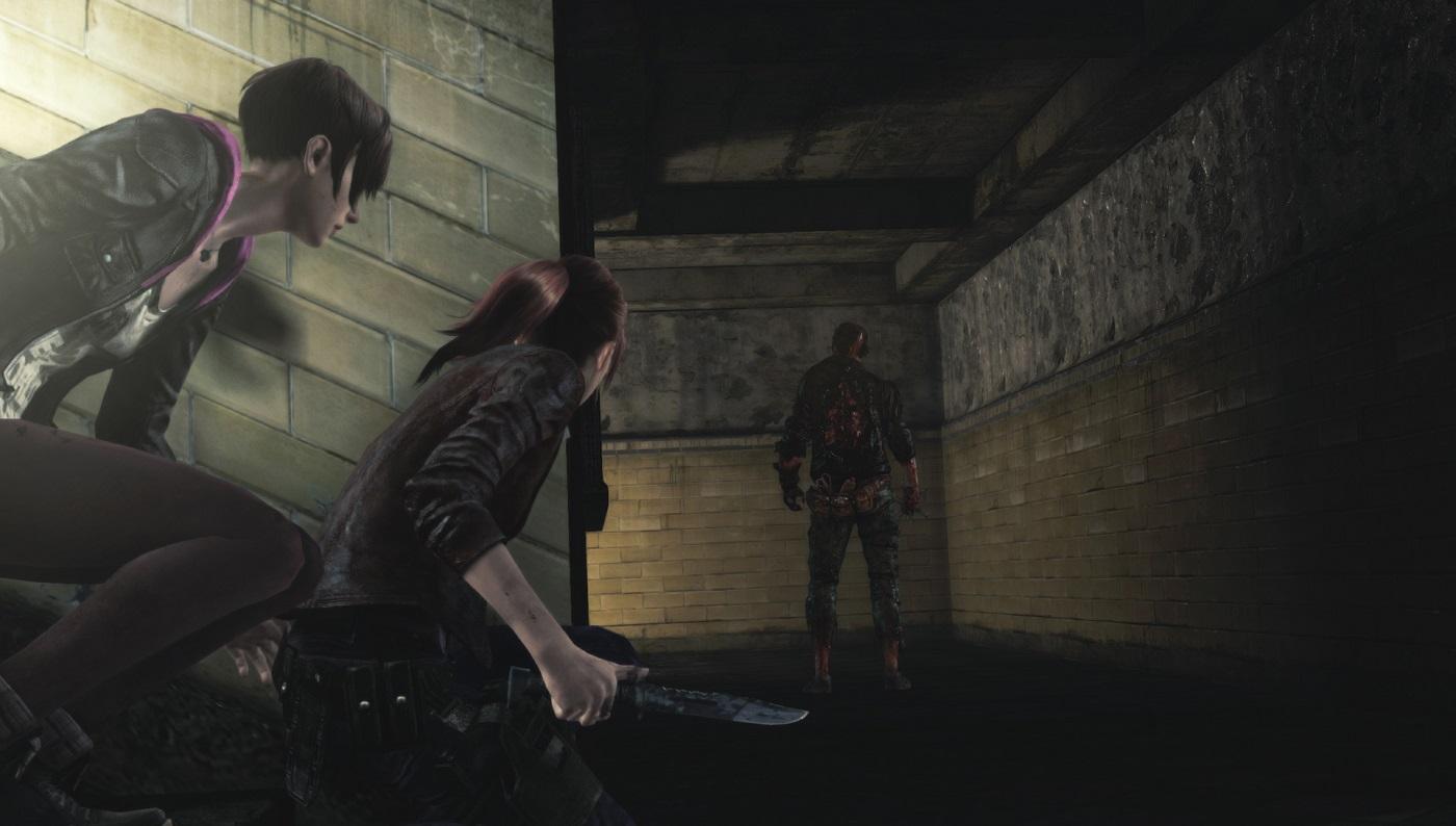 Resident Evil Revelations 2 Knife Stalking Gameplay Screenshot