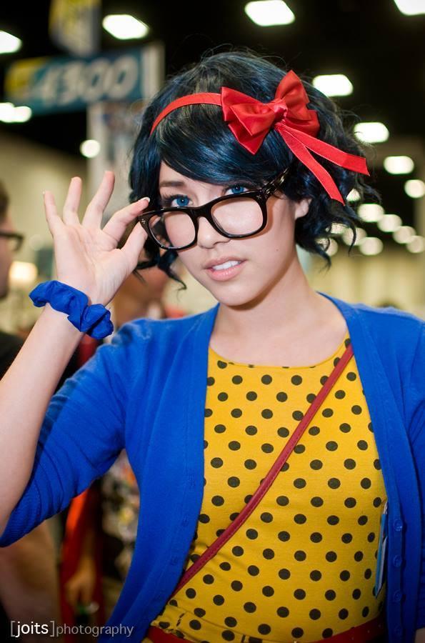 Amie Lynn Hipster Snow White Cosplay
