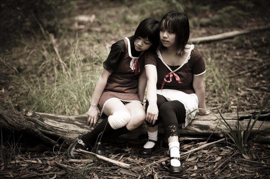 Fatal Frame 2 Twins Sit Cosplay Mio Mayu by Strawdoll