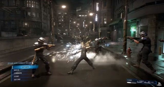Final Fantasy VII Remake Gameplay Screenshot Attack Equipped Weapon PS4