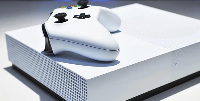 Xbox Maverick Banner